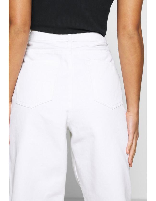 RIOT HIGHWAIST  MOM JEANS - белые джинсы - 5