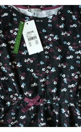 Dress 122/128 size - 2